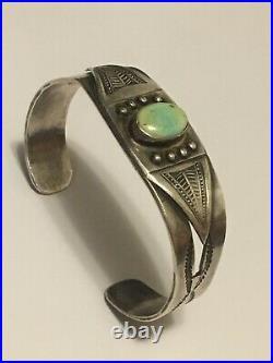 ANTIQUE c. 1920 NAVAJO TURQUOISE INGOT COIN SILVER Native American Cuff BRACELET